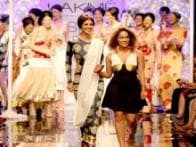 LFW, day 1: Sushmita Sen and Shilpa Shetty sizzle on the ramp