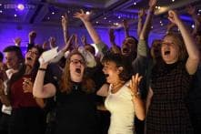 Scots spurn independence, vote to stay in the United Kingdom