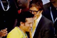 Sachin Tendulkar the centre of attraction in ISL opening