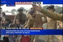 Delhi: Police crackdown on acid attack survivors protesting at Jantar Mantar