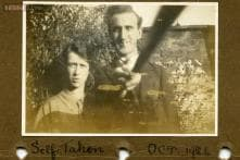 Selfie from 1926 shows a couple using a selfie stick