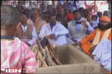 VHP allegedly reconverts over 100 Christian tribals to Hinduism, TMC promises strong action