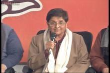 Against divisive politics, Kiran Bedi woos Muslims