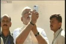Now anyone can have selfie with Modi for free: Union Minister Ananth Kumar