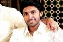 Happy birthday Vikram Prabhu: The 'Arima Nambi' actor thanks his fans; posts family photo on Twitter
