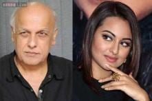 Mahesh Bhatt compliments Sonakshi for her 'maturity'; agrees with her on FIR