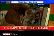 Selfie mania hits Delhi Assembly elections