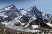 Mount Everest Braces for Record Year Amid Overcrowding, Safety Fears