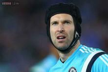 Petr Cech to undergo medical with Arsenal - reports
