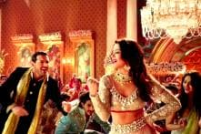 'Welcome Back' new stills: Surveen Chawla serenades John Abraham in song 'Tutti Bole'