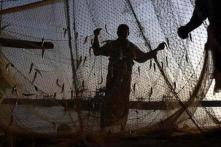 Sri Lanka navy arrests 34 Indian fishermen