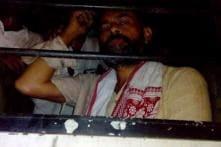 Yogendra Yadav, farmers detained for protesting against Land Bill at Jantar Mantar