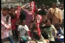Sporadic violence during shutdown by trade union members in Bengal