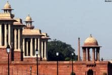 Security scare near Rashtrapati Bhavan as foreigner seen with aerial device