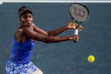 Venus Williams fights back to reach Taiwan semis