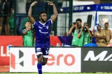 ISL 2015: Stiven Mendoza's hat-trick powers Chennaiyin FC to a 4-1 win over Kerala Blasters FC