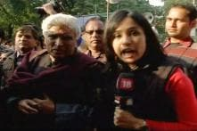 Proud of Nirbhaya's father, refuses to be cowed down: Javed Akhtar