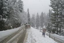 Kashmir receives snow, tourists flock to Gulmarg, rain expected