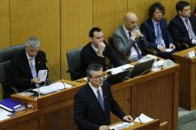 Croatia MPs vote in new cabinet amid economic, migrant crises