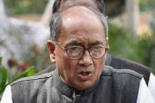 Protesting Shivraj Chouhan's 'Traitor' Remark, Digvijaya Singh to Court Arrest