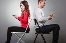 Overuse Of Digital Devices Hampers Romantic Relationships: Survey