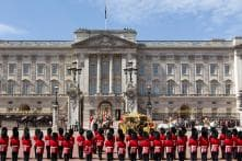 Homeless Man Arrested for Breaking Into Buckingham Palace, Says 'Only Intention Was to Sleep'