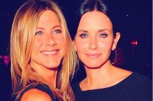 Jennifer Aniston and Courteney Cox From Friends Enjoy a Mini Reunion