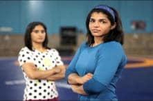 India Women Wrestlers Vinesh, Sakshi All Set for Rio Olympics 2016