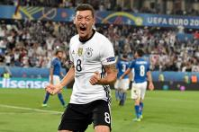 Mesut Ozil Rejecting to Communicate is Wrong, Says German FA Chief