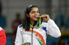 Sakshi Malik Ties Knot, Wishes Pour in on Twitter
