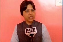 Activist Trupti Desai to Visit Sabarimala on November 17; Writes to Kerala CM Vijayan for Police Protection