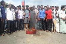 Cauvery Row: Protests in Karnataka Intensify, Mobs Ransack Govt Offices