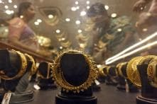 Gold Falls Rs 360 on Subdued Demand, Weak Trend Overseas