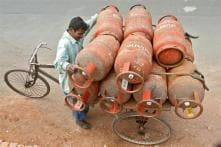 Govt to Hike LPG Prices by Rs 4 Every Month to Eliminate Subsidies