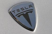 Tesla Drops Cheaper Model X, S Variants; Adjusts Prices Across Range to Simplify Product Lineup