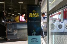 Online Sales Jump as U.S. Crowd Picks up on Black Friday