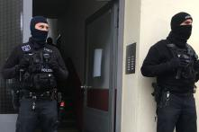 Police Raid Mosques, Flats Across Germany as Government Bans Islamist Group