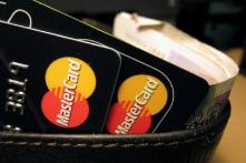 Blow to Mastercard, Visa as RBI Unlikely to Change Its Mind on Storing Data Locally