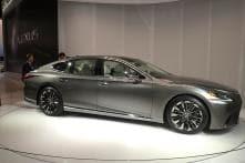 Detroit Auto Show 2017: Lexus LS Combines Luxury and Tech