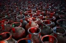 Government Extends Deadline to Get Aadhaar For Free LPG