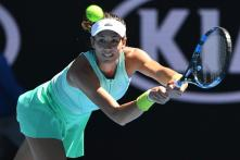 Australian Open 2017: Injury-Hit Muguruza Battles Into Second Round