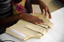 Ugandans Invent 'Smart Jacket' to Diagnose Pneumonia