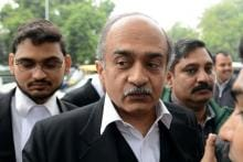 Prashant Bhushan Differs With Own Lawyer on Unconditional Apology in Contempt Case Hearing