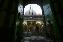 Delhi HC Seeks Centre's Reply on PIL for Entry of Women Into Nizamuddin Shrine