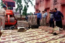 8 Lakh Litres of Liquor Currently Lying in Police Stations Across Delhi, SC Told