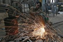 Inflation Cools But Still Above RBI Target, Industrial Output Grows to 7.1%