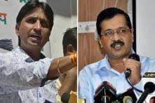 Hardik Patel Tweets Support for Kumar Vishwas, But Is This The End of Kumar-Kejriwal Friendship?