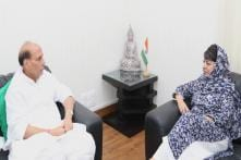 In Meeting With Rajnath, Mehbooba Says China 'Meddling' in Kashmir