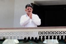 Twist in Tale as Shivakumar Hints at Appointing Cong CM to Save K'taka Govt, Claims Move Has JDS Nod
