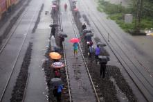 Pregnant Journalist Rescued After 12 Hours in Stranded Mumbai Local